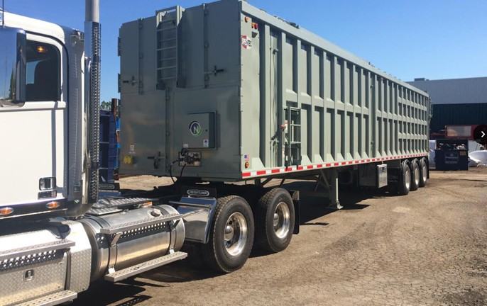 On Board Engine Ram Compaction Trailers