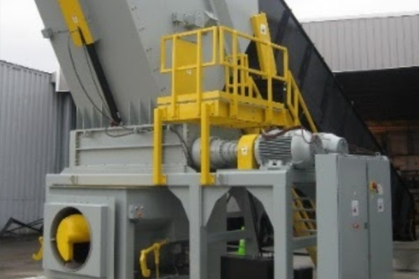 Integrated Shredder and Compactor